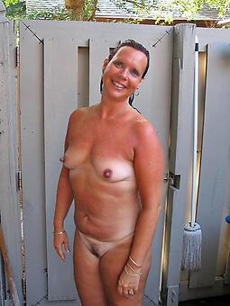 hot sexy moms rag