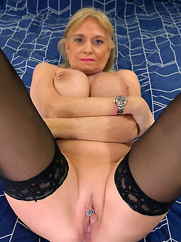 drop off to sleep moms pussy unconforming porn x