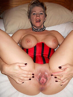 mature shaved pussy hot porn pics