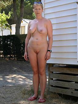 female parent solo nudes tumblr