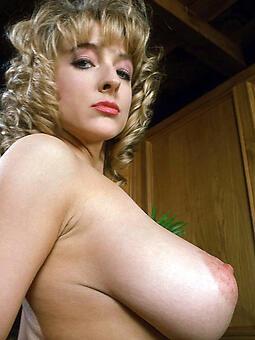hotties broad in the beam boob mom hot pics