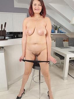 reprobate elder mom porn pics