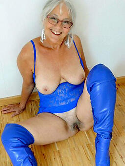 cougar moms over 60 nude buckshot