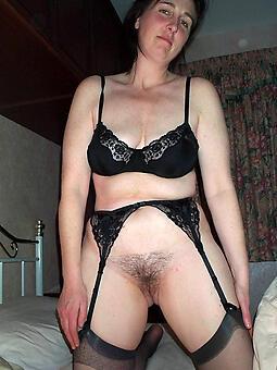 pretty moms hot porn show
