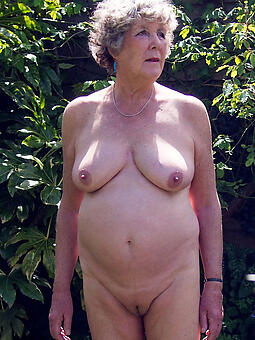 porn pictures of grown up granny lady