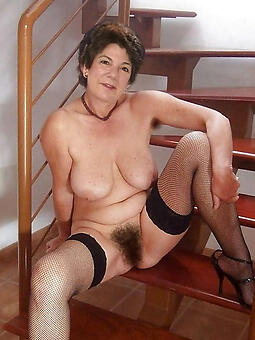 uncomplicated hairy mom porn