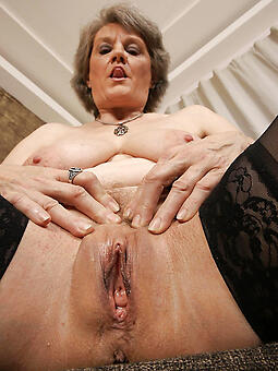 porn pictures of hot mature mom
