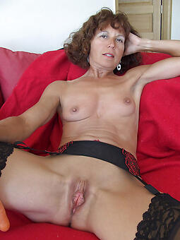 hot of age mom porn resolution