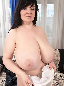 hotties busty naked ladies