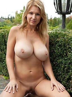 cougar busty mature moms