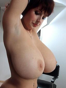 ideal bare-ass prex moms