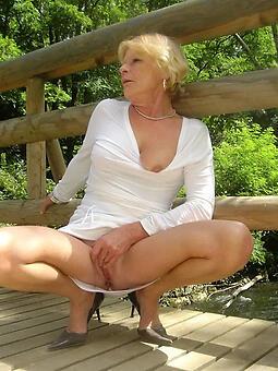 sexy female parent upskirt free porn pics