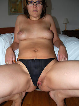 panty moms easy naked pics