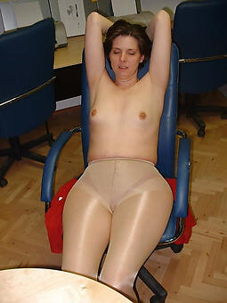 hot moms in pantyhose