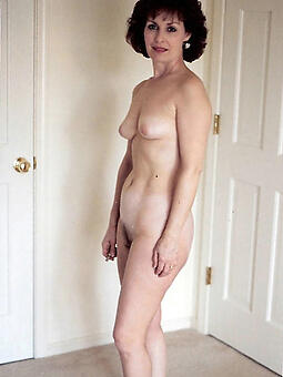 hotties moms with compacted boobs pics
