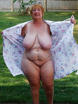 curvy matured free naked pics