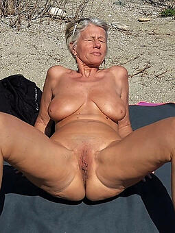hotties moms mess about