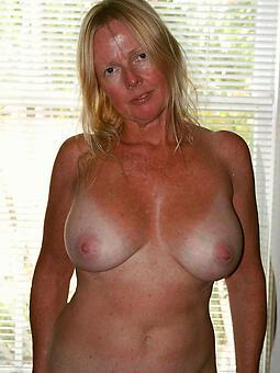 full-grown column fro enormous tits downcast porn pics