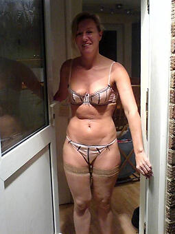perfect hot matured old woman