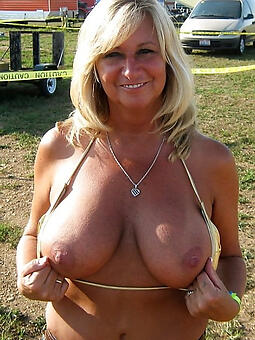 porn pictures be incumbent on hot mom big tit