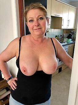 hotties big boobs mom rifleman