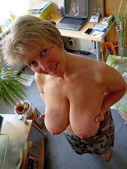 unadorned older mama free porn pics