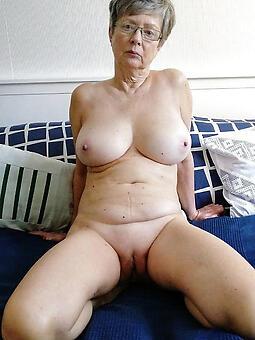 consummate hot older moms