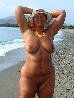 hotties curvy mature body of men pics