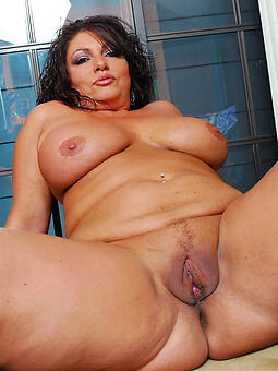 chubby old woman fucked