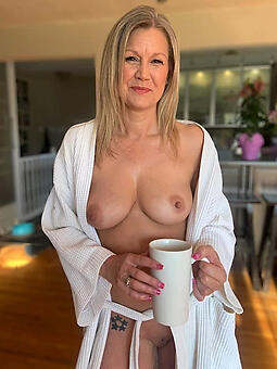 real mature housewives free unadorned pics