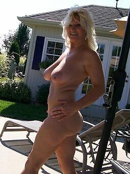 pretty pretty mom porn