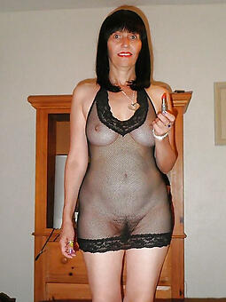 interesting hot moms nudes tumblr