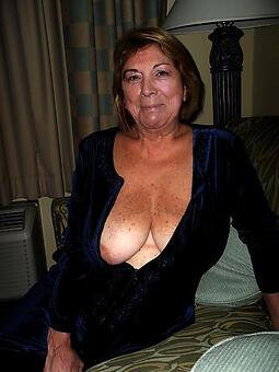 granny moms free porn pics