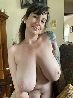 porn pictures of morose moms naked