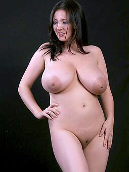 juggs nude ladies over 30 hot pics