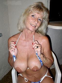 moms sexy tits unorthodox porn pics