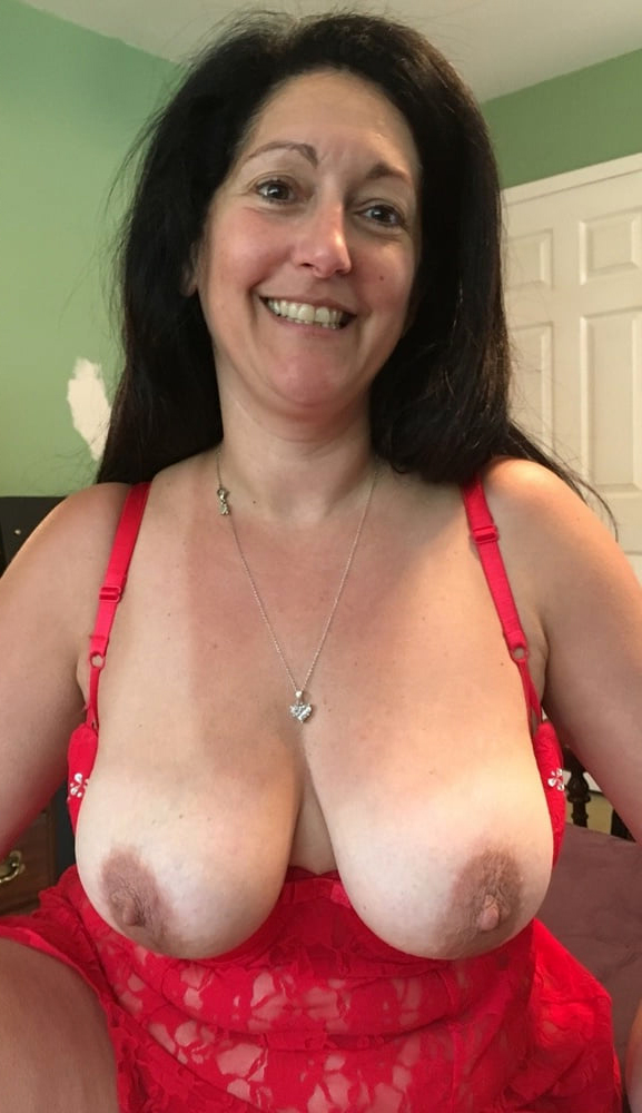 hot mature lady selfie nudes tumblr