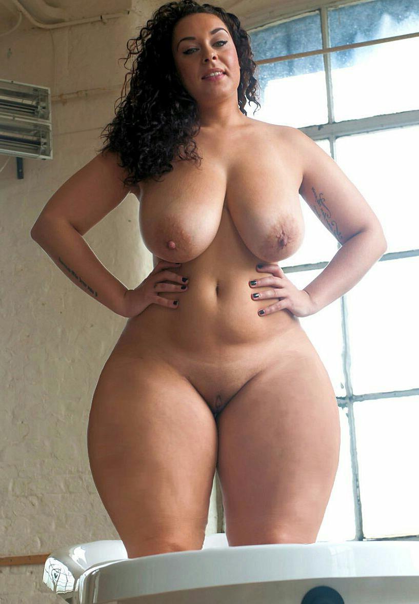 grown up curvy women and still sexy