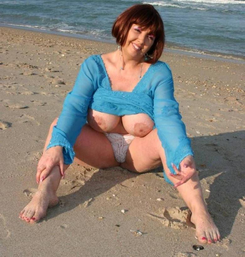 moms onwards beach porn tumblr