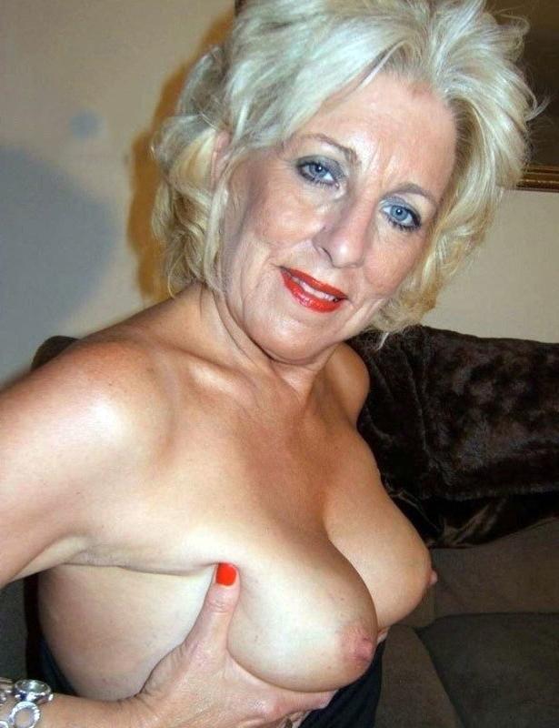 nice blue horny moms pics