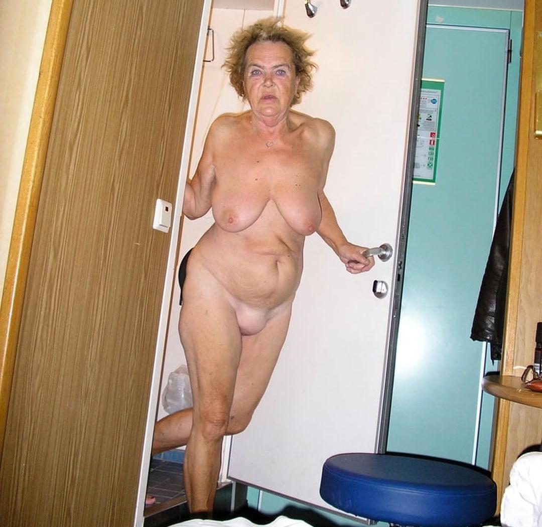 naked moms over 60