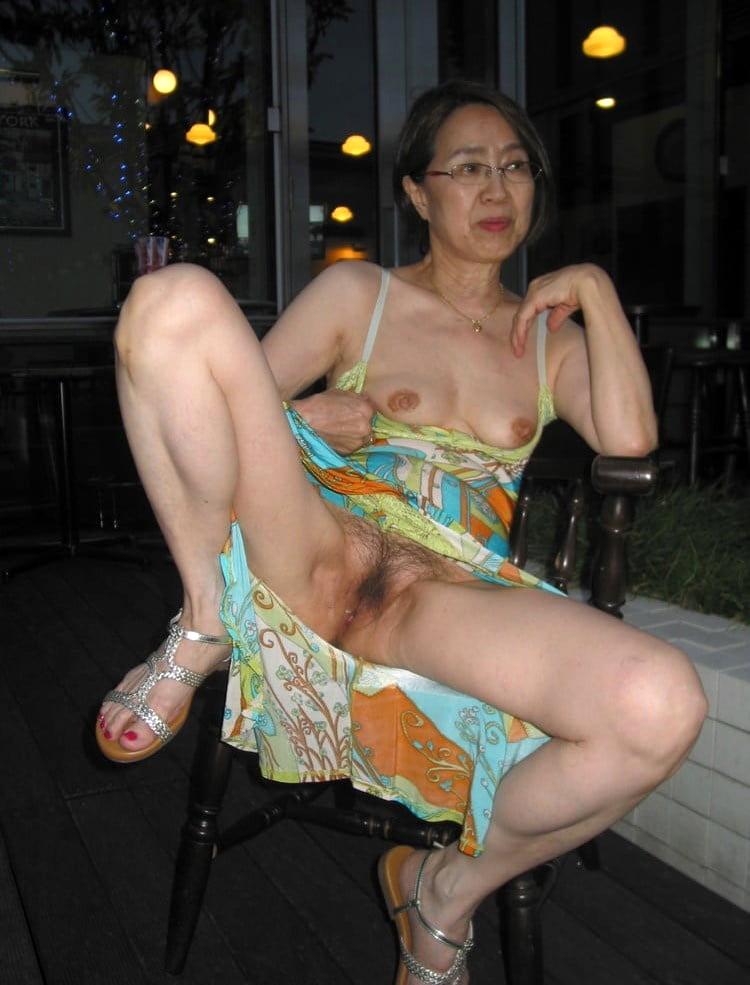 amature naked luring asian ladies photos