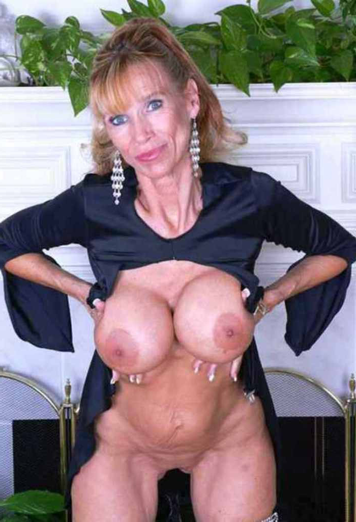 mature mom tits nudes tumblr