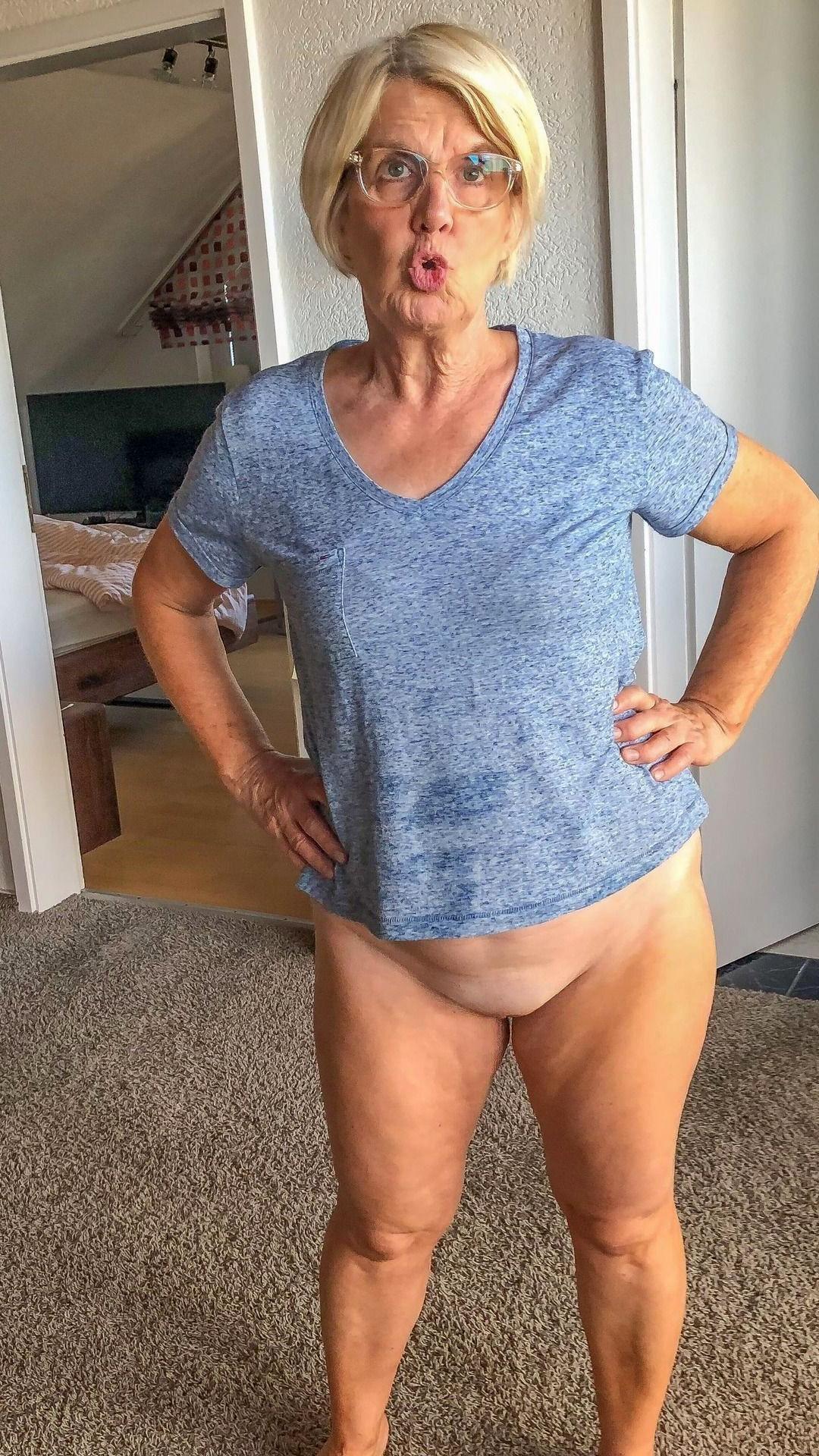 descendant over 60 unconforming porn pics