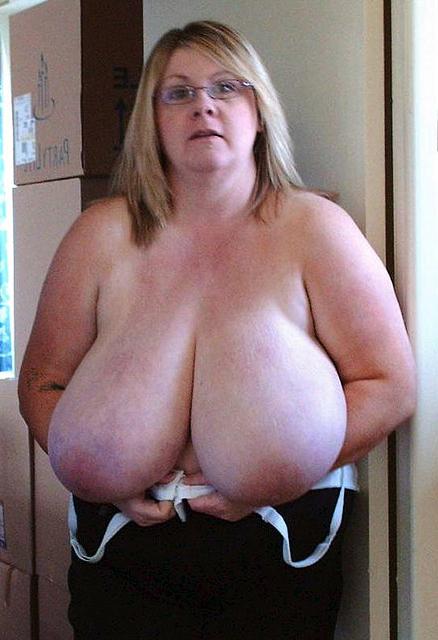 free moms obese knocker pics