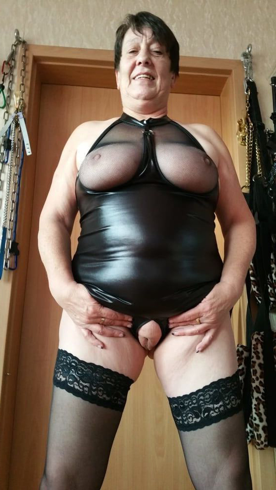 stripped mature granny laddie porn tumblr