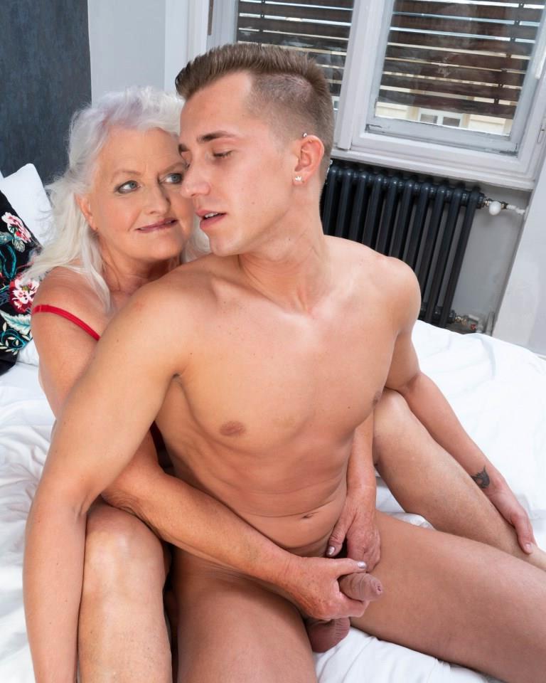 perfect mature couples unfold photo