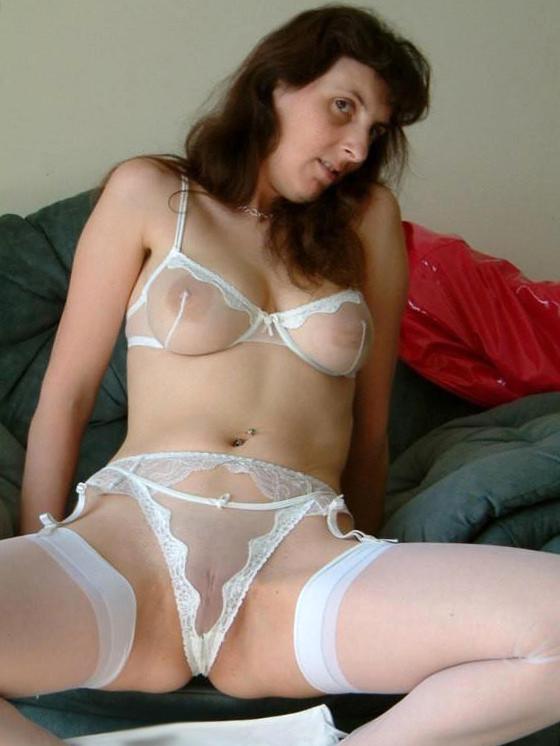 cougar of age lingerie porn photo