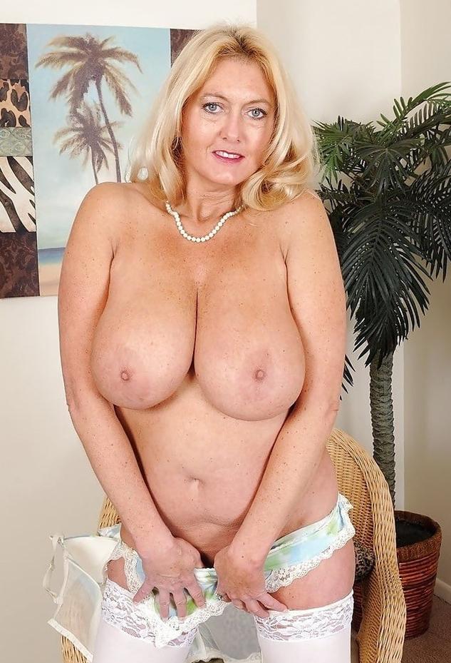 cougar sexy mature singles