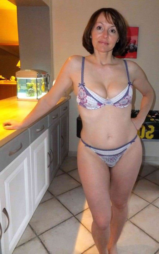 busty mature lingerie tumblr
